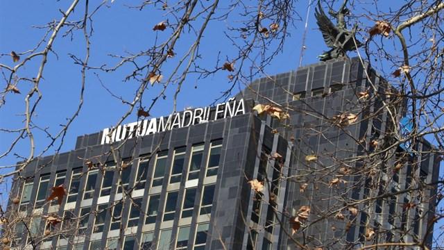 Segurcaixa adeslas lleva su sede al edificio de mutua for Oficinas de adeslas en madrid