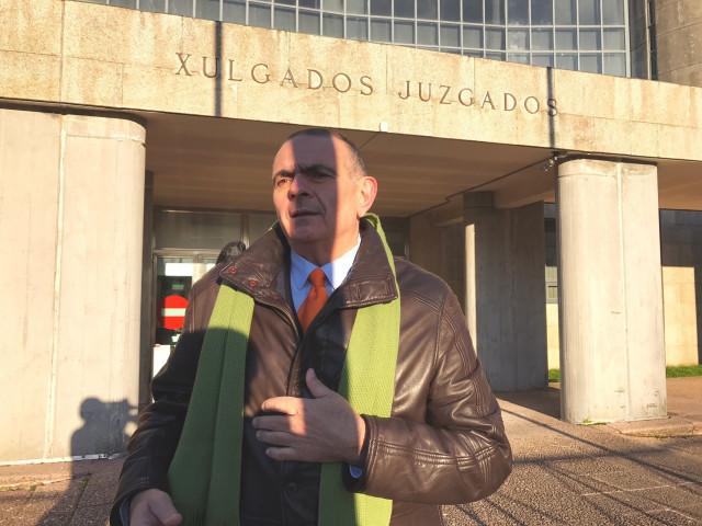 Evaristo Varo, médico del CHUS llamado a declarar por el caso de la Hepatitis C
