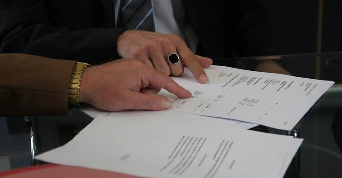 Letra pequena contratos