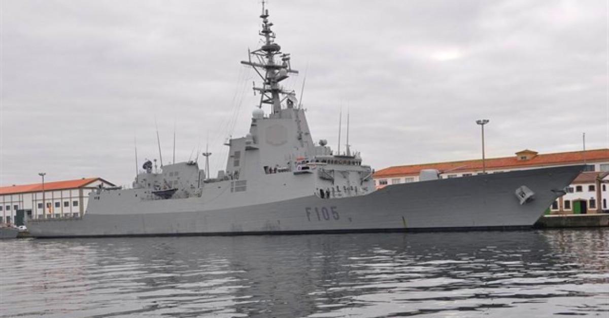 Fragata f105 armada