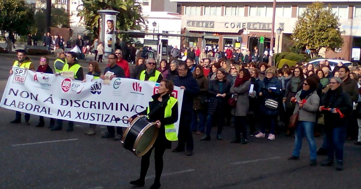 Justicia funcionarios protesta