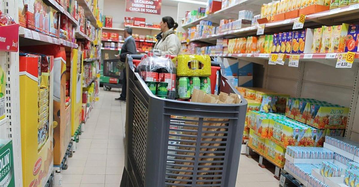 Supermercado compra carro