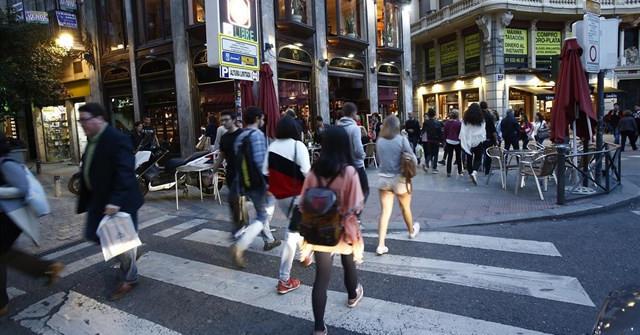 Gente peatones
