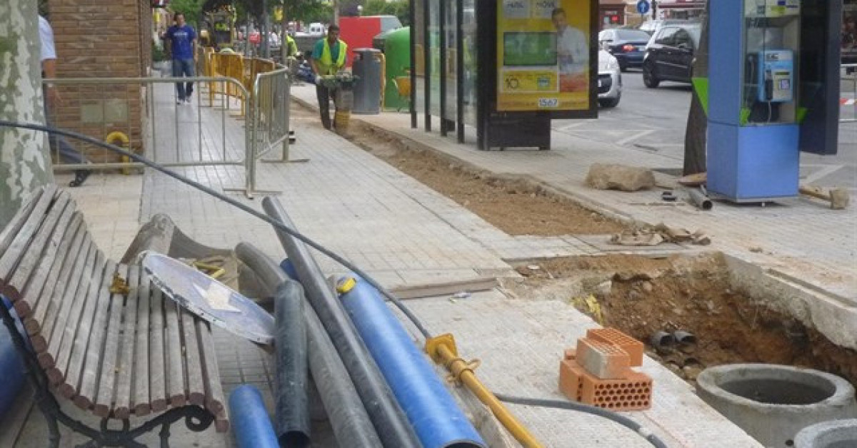 Obras calle tuberias