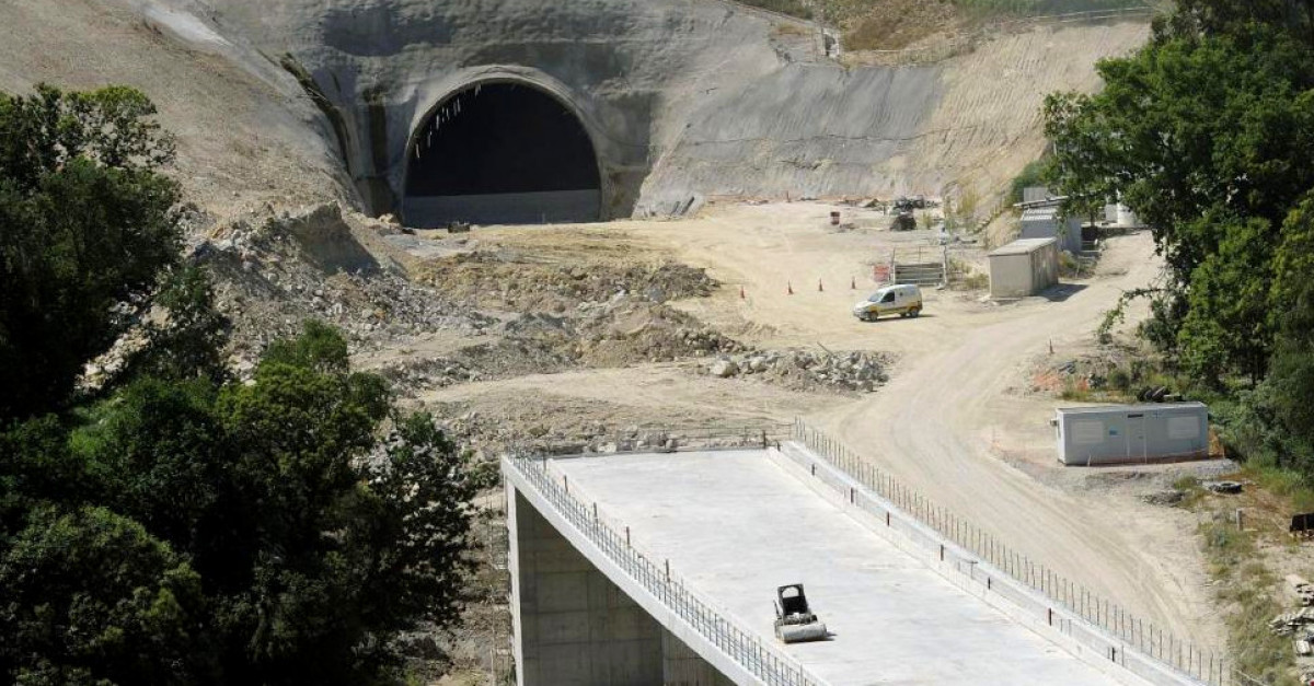 Tunel ave obras