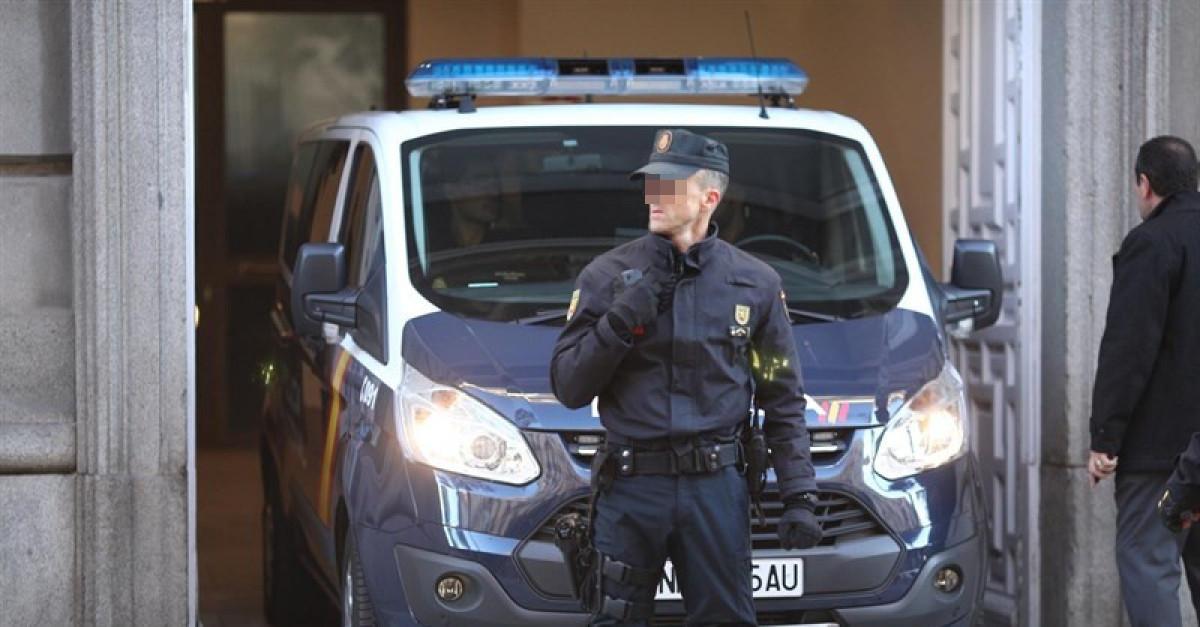 Policia nacional furgon