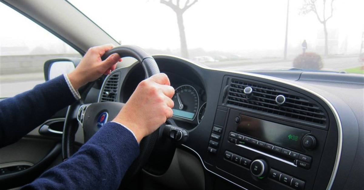 Volante coche conductor