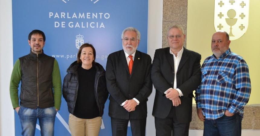 Medios galego parlamento