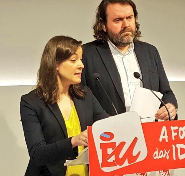 Eva Solla y Rubén Pérez (Esquerda Unida)