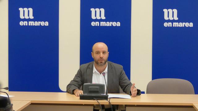 El portavoz de En Marea, Luís Villares, en la rueda de prensa