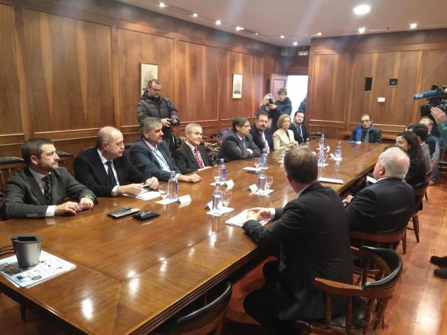 Reunión de trabajo de la Unidad Mixta Navantia-UDC.