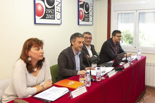 Xulio Ferreiro en la presentación de un estudio en la Escuela de Turismo