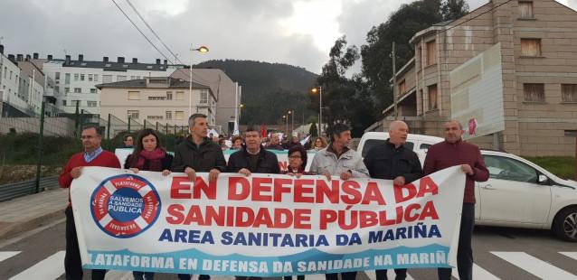 La comarca de A Mariña (Lugo) se manifiesta en defensa de la sanidad pública y p