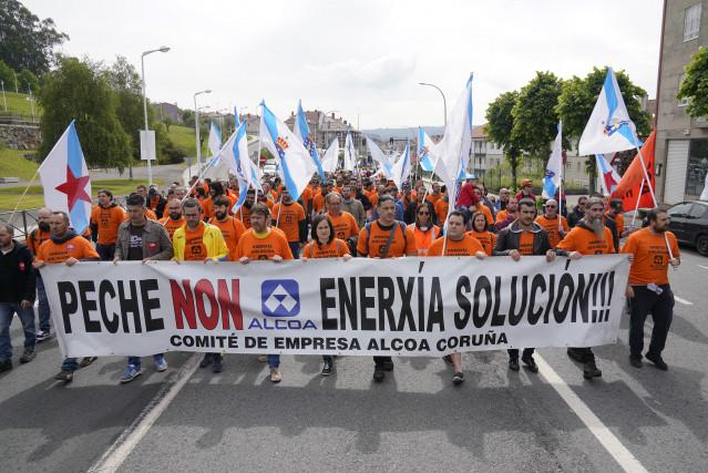 Manifestación en Santiago de Compostela (A Coruña) para reclamar una