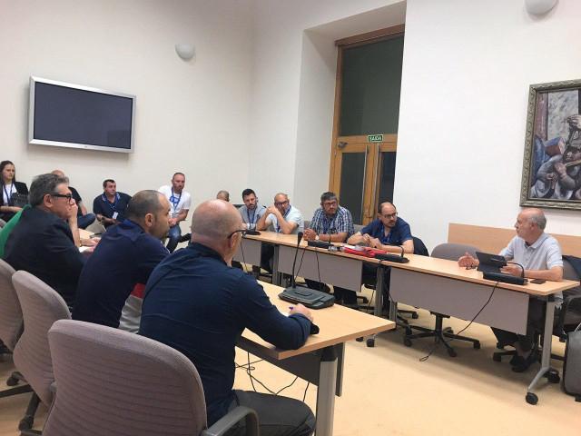 El comité de Ferroatlántica traslada a los grupos parlamentarios su preocupación por la