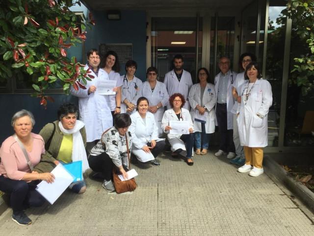 Médicos de centros de salud del área de A Coruña se concentran para reclamar