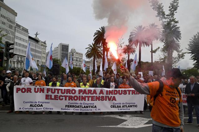 Alcoa.- El Ministerio de Industria convoca este martes a Parter, a la Xunta y al Principado de Asturias