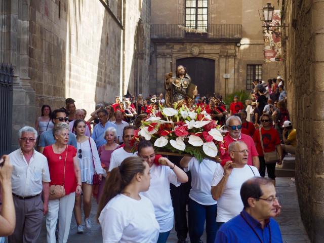 Procesión en Barcelona organizada por el Centro Gallego de Barcelona.