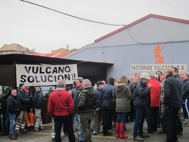 Concentración de trabajadores del astillero Vulcano