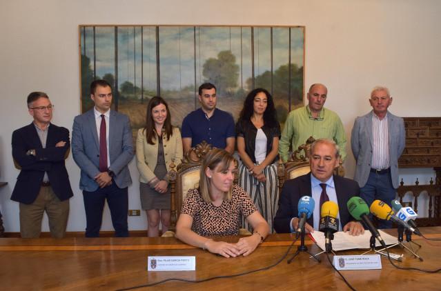 """Foto Da Nota De Prensa: Tomé Presenta A Composición Do Goberno, Planificado Para Ser """"O Máis Útil Á Provincia"""""""