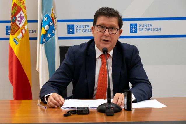El director xeral de Función Pública, José María Barreiro, anuncia la convocatoria de un paquete de oposiciones
