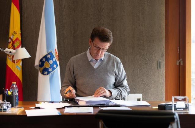 El presidente de la Xunta, Alberto Núñez Feijóo, prepara el Debate sobre el Estado de la Autonomía