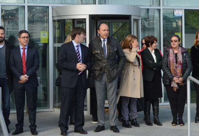 Fiscal jefe de Ourense, Florentino Delgado (en el centro)