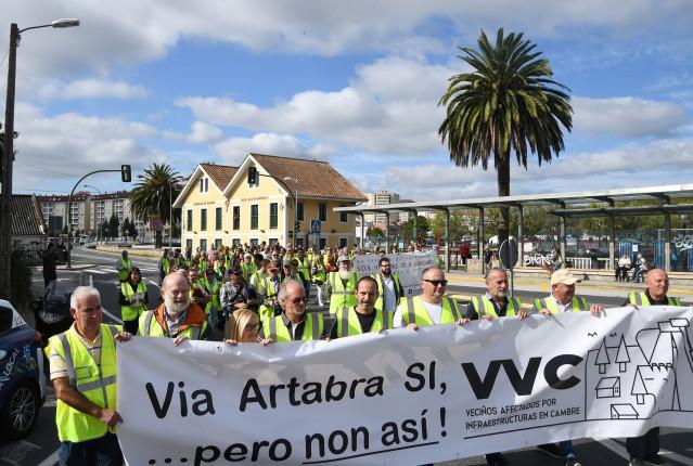 Protesta en Cambre contra la Vía Ártabra