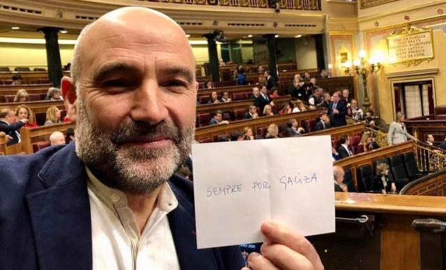 El diputado del BNG en el Congreso, Néstor Rego, se abstiene en la votación a Batet para la presidencia de la Cámara baja