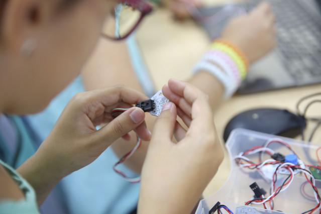 Imagen de recurso de un taller de robótica.