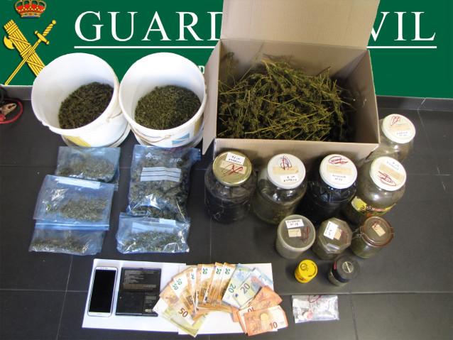 Punto de venta de drogas en Ponteareas