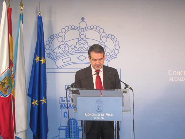 El alcalde de Vigo, Abel Caballero, ha presentado la carta durante la rueda de prensa de este miércoles