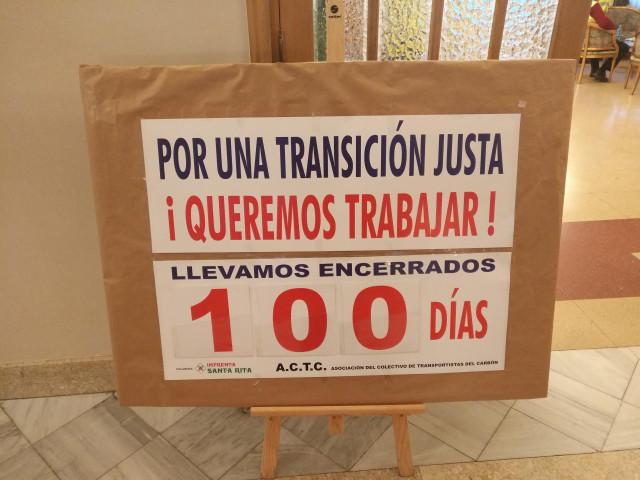 Los trabajadores transportistas de Endesa llevan más de 100 días encerrados como símbolo de protesta