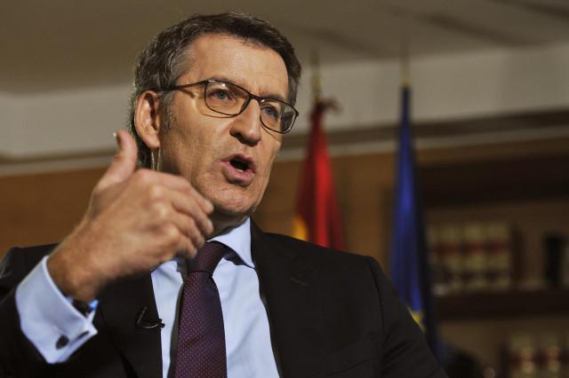 El presidente de la Xunta de Galicia, Alberto Nuñez Feijóo, durante su entrevista para Europa Press en la delegación de la Xunta de Ourense / Galicia (España).