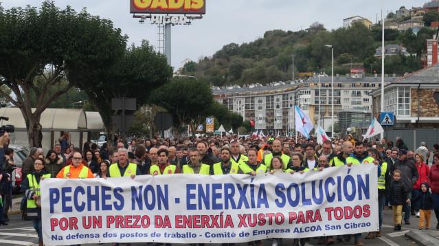 Manifestación en Viveiro en respaldo a los trabajadores de Alcoa-San Cibrao