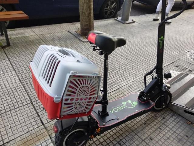 El conductor del patinete eléctrico fue denunciado por exceder la velocidad de circulación permitida