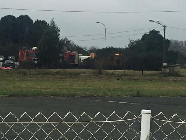 Foto del aeropuerto de Santiago con el camión que se sustrajo y apareció un mes más tarde